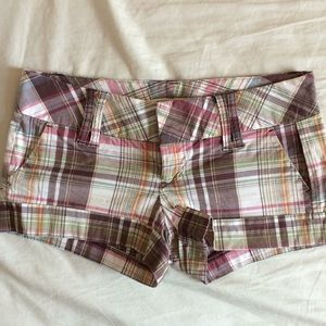 Forever 21 low rise short shorts in plaid